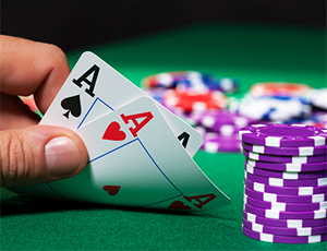 How to play Poker and effective strategy